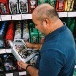 Come leggere l'etichetta dell'olio motore