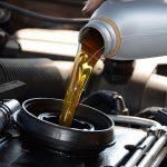 Quale olio scegliere per l'auto?