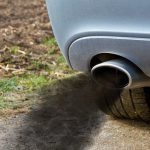 Cosa fare se l'auto brucia olio?