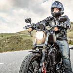 Come guidare una moto in sicurezza
