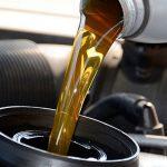 Meglio l'olio minerale o sintetico per un'auto?