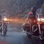 Come guidare la moto con la pioggia