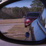 Come regolare gli specchietti dell'auto correttamente