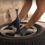 Quanto dura la riparazione di un pneumatico forato?