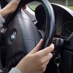 Come migliorare il controllo di guida di un'auto?