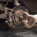 Come fare la manutenzione dei freni dell'auto