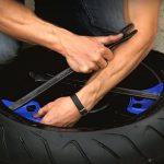 Come equilibrare le gomme della moto