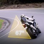Come fare le curve strette in moto